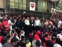عرب با بادیگارد میان هواداران پرسپولیس رفت +عکس