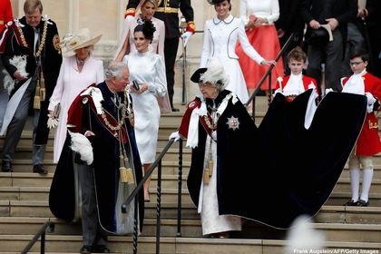 پادشاه اسپانیا و هلند از ملکه انگلیس مدال گرفتند! +تصاویر