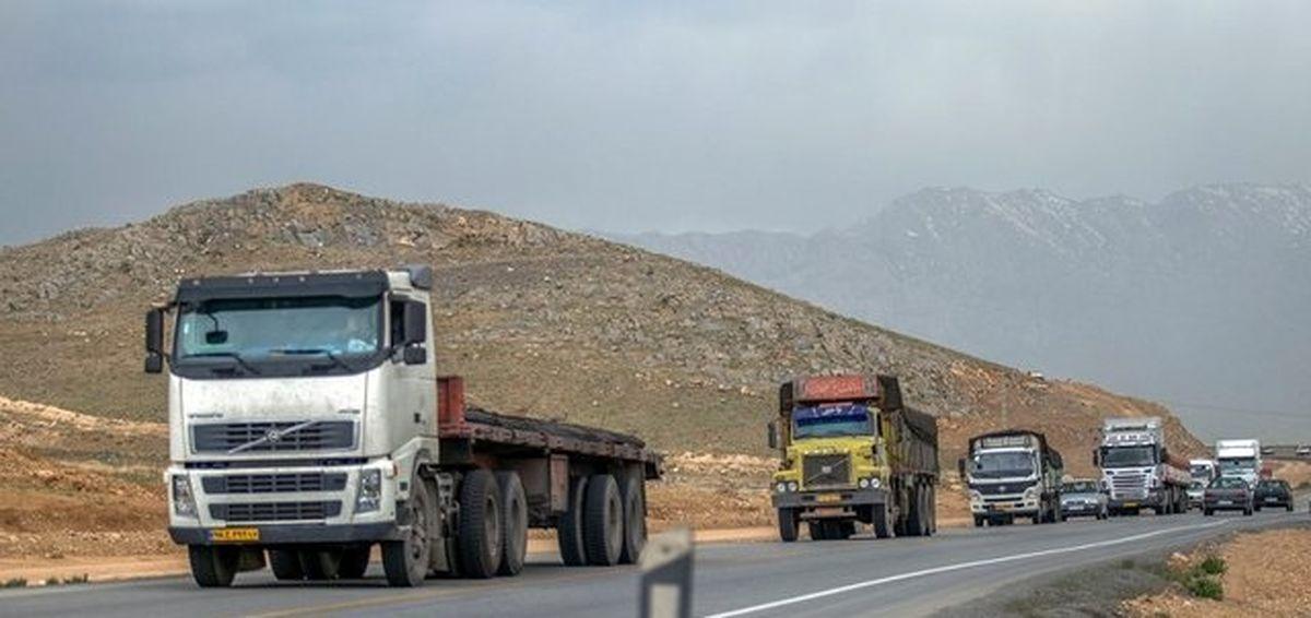 واردات تایر خودروهای خارجی با دلار ۴۲۰۰تومانی و تعرفه ۵درصدی/ مشکل کامیون داران در حال حل شدن است