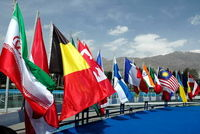 تکاپوی ۴۷۱ شرکت خارجی برای ورود به بازار پوشاک ایران