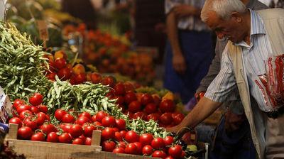 تفاوت ۲۴۰۰تومانی قیمت گوجه فرنگی از مزرعه تا بازار/ مشکلات قابل پیشبینی که حل نمیشوند