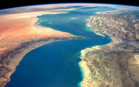 بستن تنگه چه تغییری در توزیع نفت جهان میدهد؟