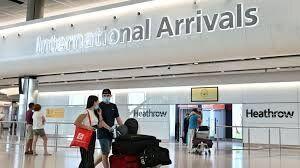 همه مسافران پروازهای خارجی در بریتانیا قرنطینه میشوند