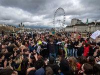 تظاهرات دانشآموزان علیه تغییرات اقلیمی آب و هوا +فیلم