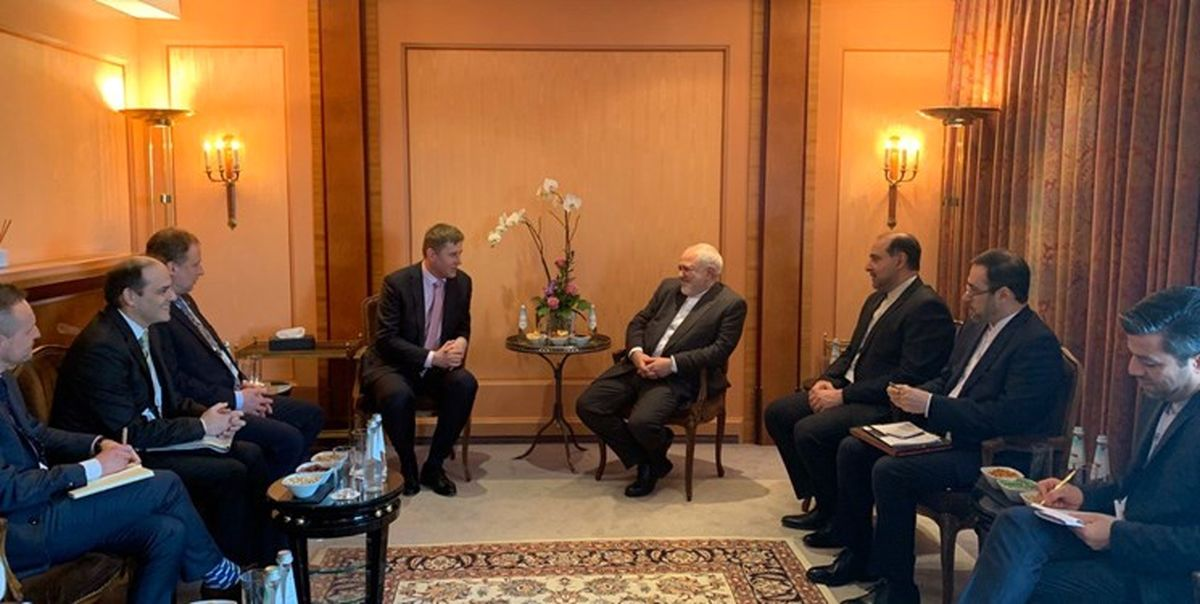 دیدار و گفتگوی ظریف با وزیر خارجه چک در مونیخ