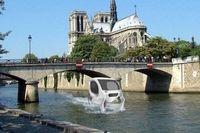 تاکسیهایی که روی آب حرکت میکنند +عکس
