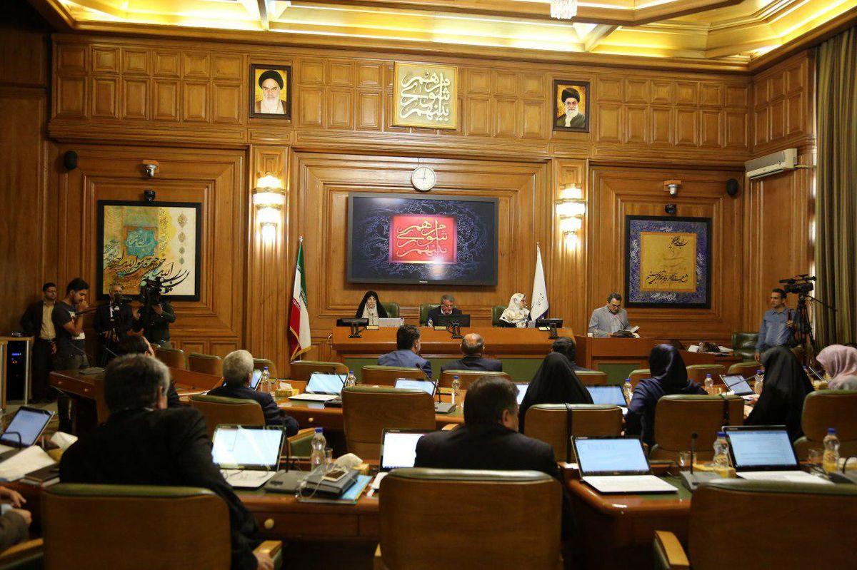 از تهدید سیلاب تا انتقاد از صدا و سیما در گزینش کردن اخبار شورا شهر تهران