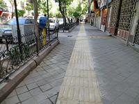 پیادهروهای پایتخت مغازه میشود؟