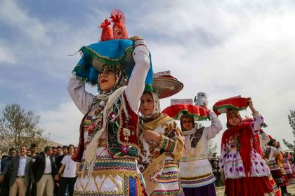 عروسی سنتی در روستای لنگر خراسان شمالی +تصاویر