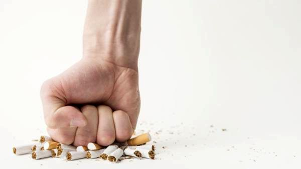 سیگار و دندان عقل