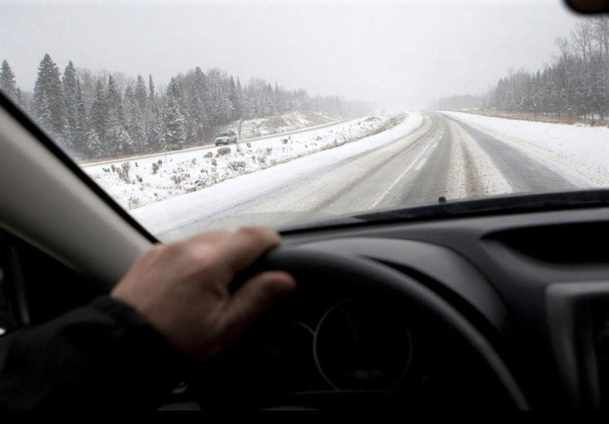 بارش برف و باران در جادههای ۹استان
