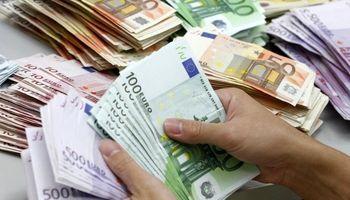 علل تاخیر در راه اندازی بازار متشکل ارزی/ ویژگیهای بازار جدید چیست؟