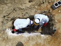 فوت شدگان کرونا چطور دفن میشوند؟ +عکس