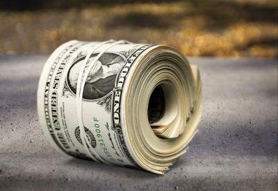نوسان بیسابقه دلار/ صرافیهای تهران: دلار نه