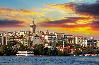۲ میلیون ایرانی به ترکیه سفر میکنند