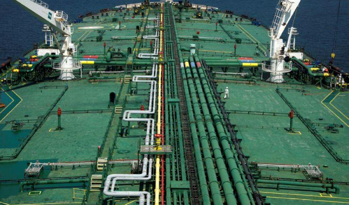جهش یکشبه نفت ناکام ماند/ اختلال در کانال سوئز عامل سقوط بازار