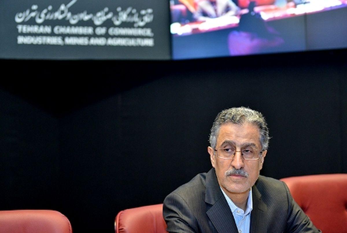 انتقاد رییس اتاق تهران از شیوه اصلاح قیمت بنزین/ نهایی شدن ساز و کار تهاتر کالا میان ایران و چین