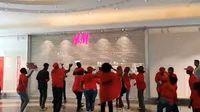حمله به فروشگاه «اچ.اند.ام» در آفریقای جنوبی +فیلم