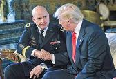 استراتژیست نظامی دست راست ترامپ