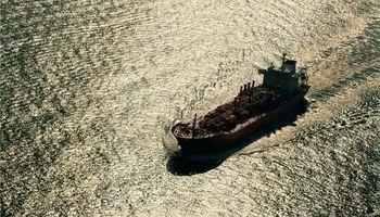 عربستان سعودی بزرگترین تامین کننده نفت هند میشود