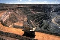 ثروت معدنی ایران؛ ۷۷۰میلیارد دلار/ احتمال کاهش صادرات محصولات معدنی