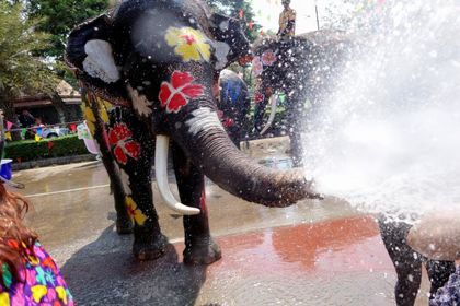 جشن آببازی در تایلند +تصاویر