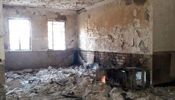 نابودی ۱۳هزار جلد کتاب در آتش جهل آشوب طلبان +عکس