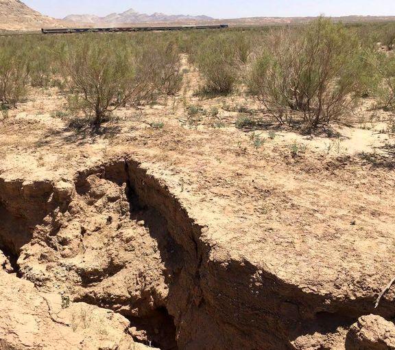 عاقبت برداشت بیرویه آب از منابع زیرزمینی +عکس